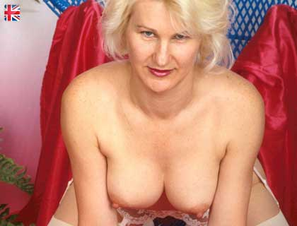 Call for Kinky Live Granny Sex Chat